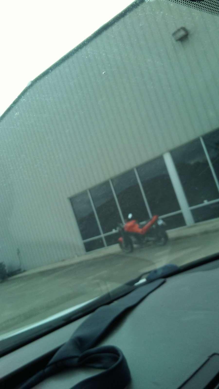 Simco Automotive Inc. - car repair    Photo 8 of 9   Address: 9805 Veterans Memorial Dr, Houston, TX 77038, USA   Phone: (281) 820-6000