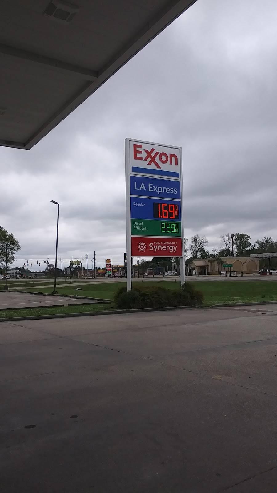 LA EXPRESS FOOD STORE #9 - gas station  | Photo 2 of 3 | Address: 222 LA-415, Port Allen, LA 70767, USA | Phone: (225) 343-9976