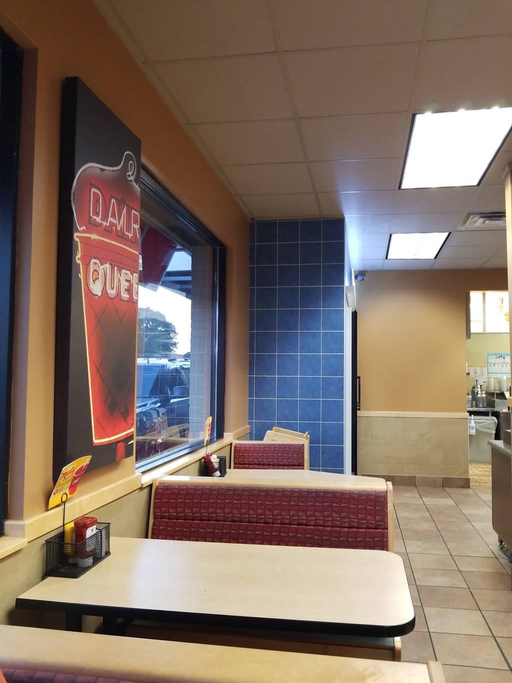 Dairy Queen Grill & Chill - restaurant  | Photo 3 of 7 | Address: 6655 Cahill Ave, Inver Grove Heights, MN 55076, USA | Phone: (651) 455-0339