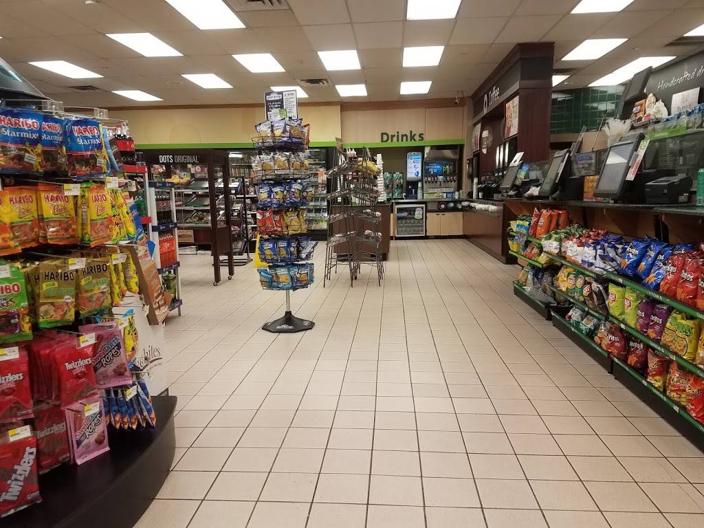 QuickChek - convenience store  | Photo 2 of 3 | Address: 175 Broad Ave, Fairview, NJ 07022, USA | Phone: (201) 945-3466