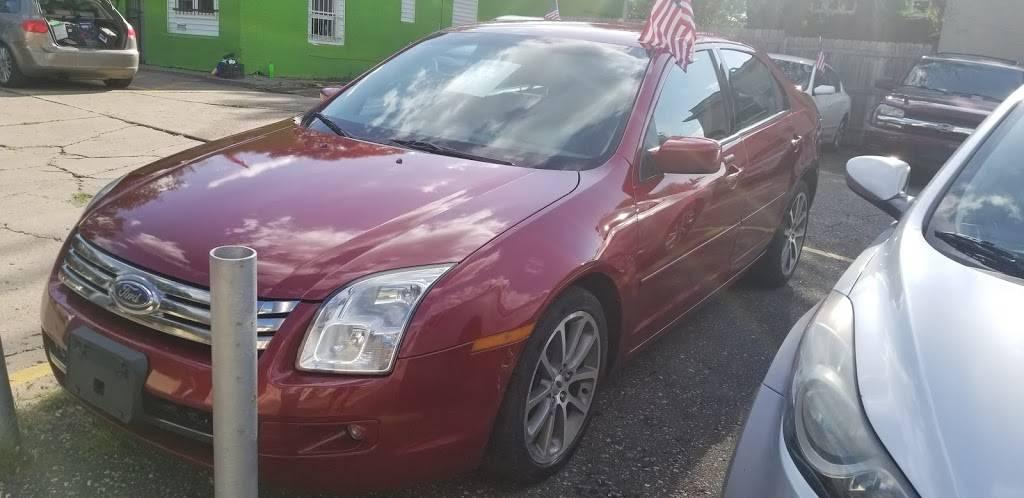 JP Auto Sales - car dealer  | Photo 2 of 3 | Address: 803 Earl St, St Paul, MN 55106, USA | Phone: (651) 771-1704