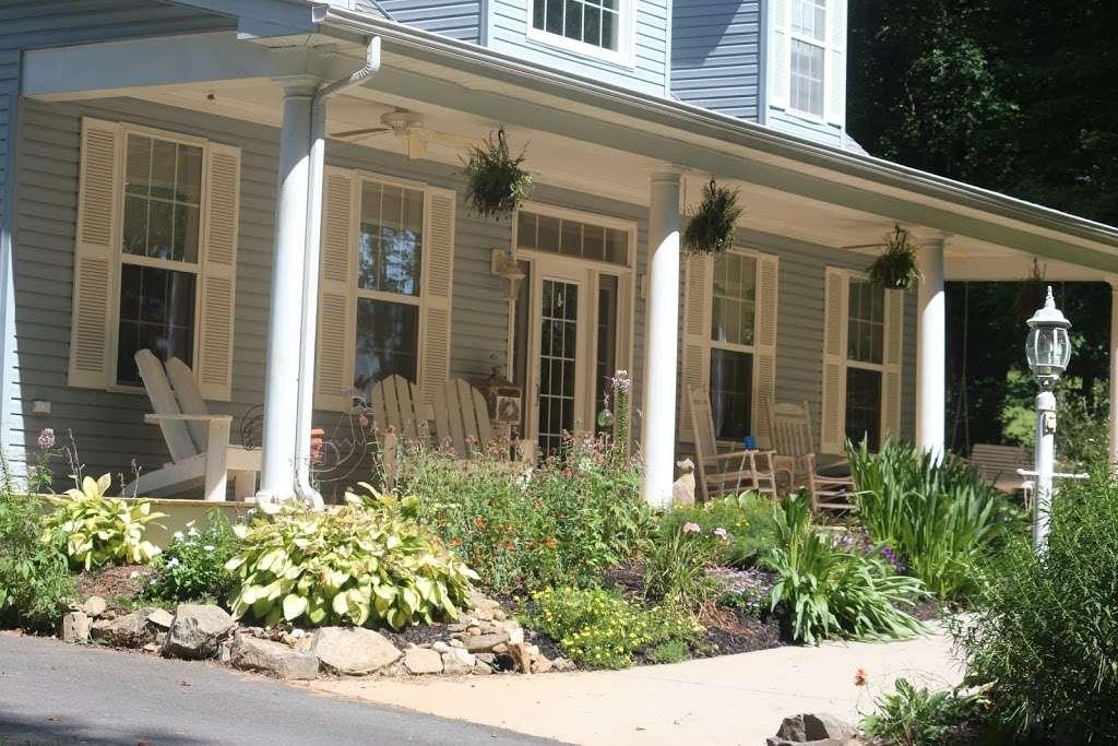 The Black Sheep Inn - lodging  | Photo 3 of 5 | Address: 14555 Lee Highway, Amissville, VA 20106, Amissville, VA 20106, USA | Phone: (540) 222-2021