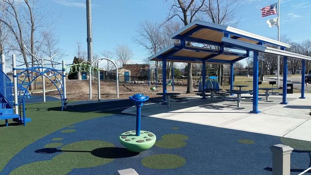 Northview Park - park  | Photo 10 of 10 | Address: 1131 McCarthy Rd, Lemont, IL 60439, USA