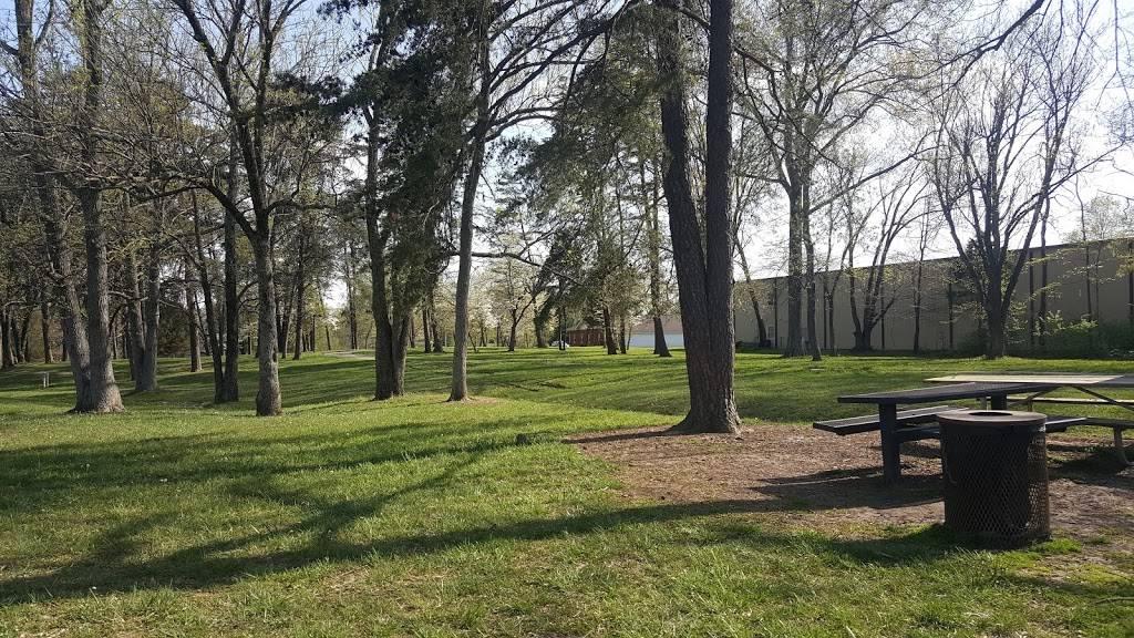Highview Park - park  | Photo 2 of 10 | Address: 7201 Outer Loop, Louisville, KY 40228, USA | Phone: (502) 601-2318