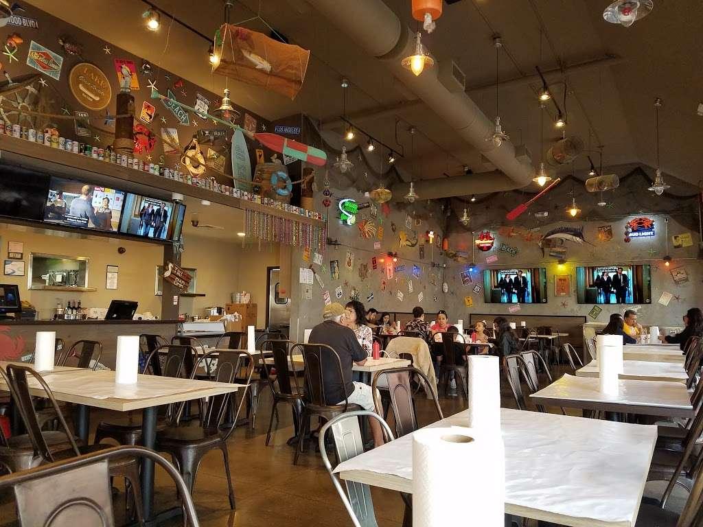 The Kickin Crab - restaurant  | Photo 1 of 10 | Address: 8300 La Palma Ave A6, Buena Park, CA 90620, USA | Phone: (714) 828-8788