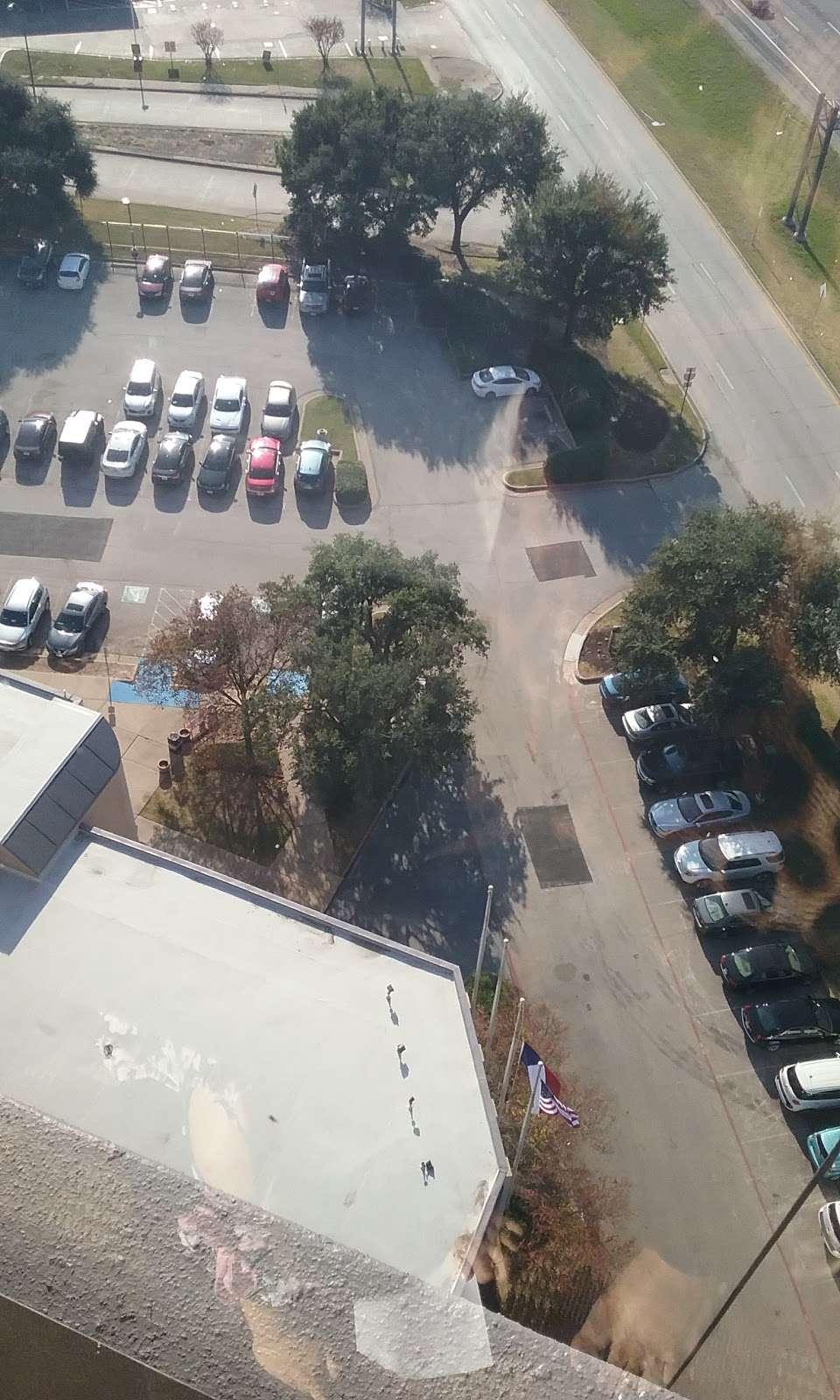 XPO Logistics - moving company  | Photo 2 of 10 | Address: 5020 Calvert St, Dallas, TX 75247, USA | Phone: (214) 631-5486