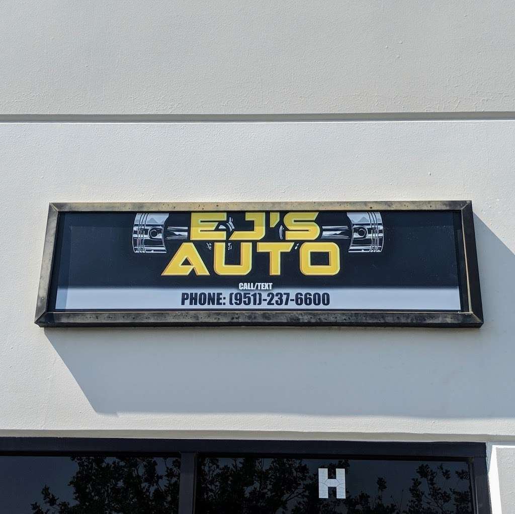 EJs Auto - car repair    Photo 5 of 7   Address: 151 S Wineville Ave unit h, Ontario, CA 91761, USA   Phone: (951) 237-6600