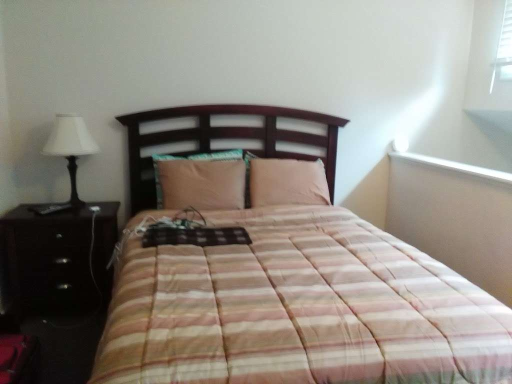 Executive Suites LLC - lodging  | Photo 3 of 10 | Address: 2971 Valley Ave, Winchester, VA 22601, USA | Phone: (540) 667-7386