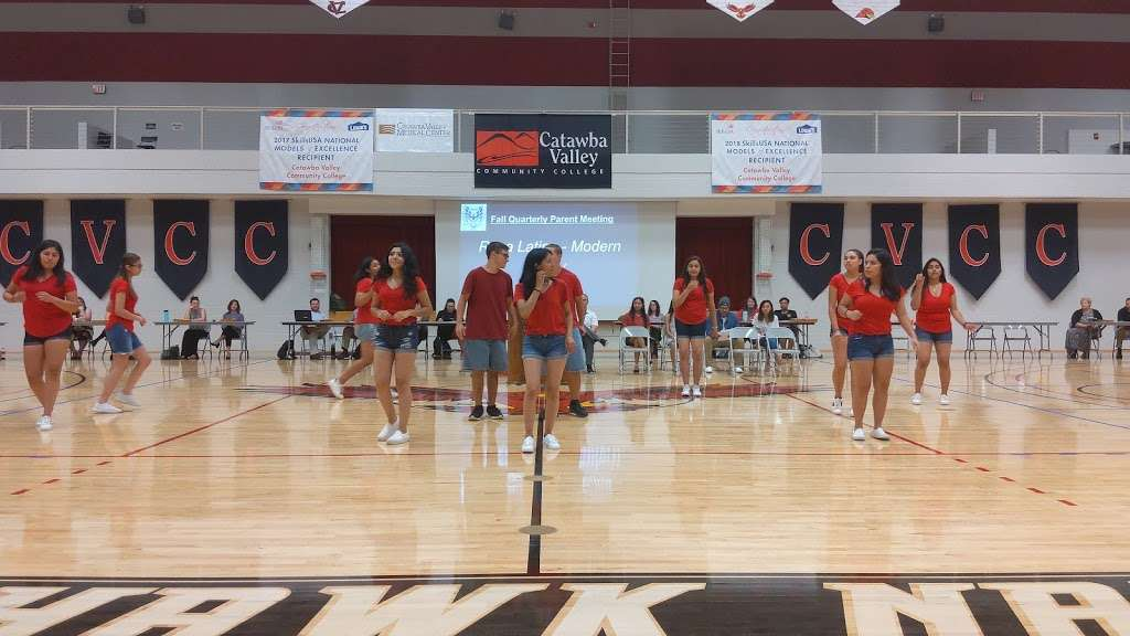 Challenger Early College High School - school  | Photo 2 of 8 | Address: 2550 US Hwy 70 SE, Hickory, NC 28602, USA | Phone: (828) 485-2980