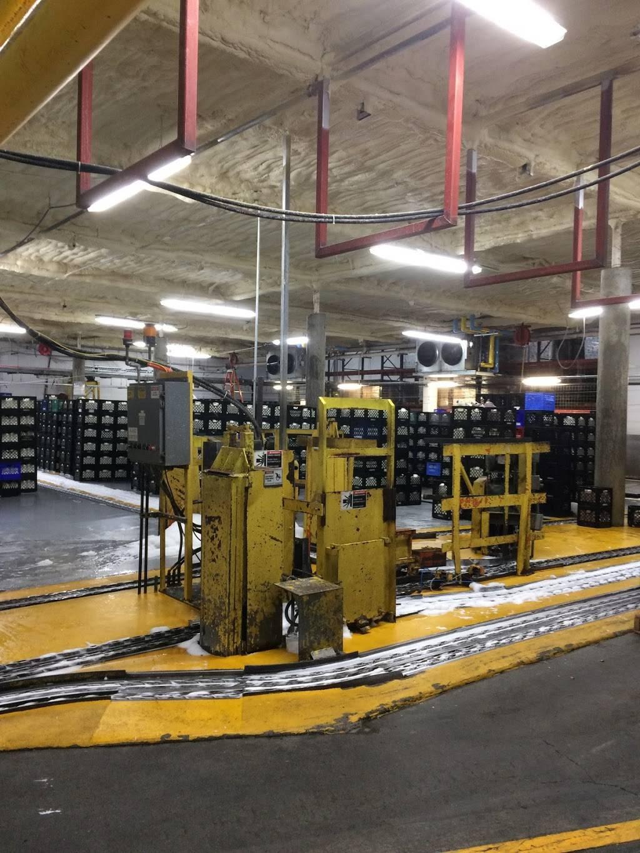 Darigold Warehouse - storage    Photo 3 of 10   Address: 4058 Rainier Ave S, Seattle, WA 98118, USA   Phone: (206) 725-9950