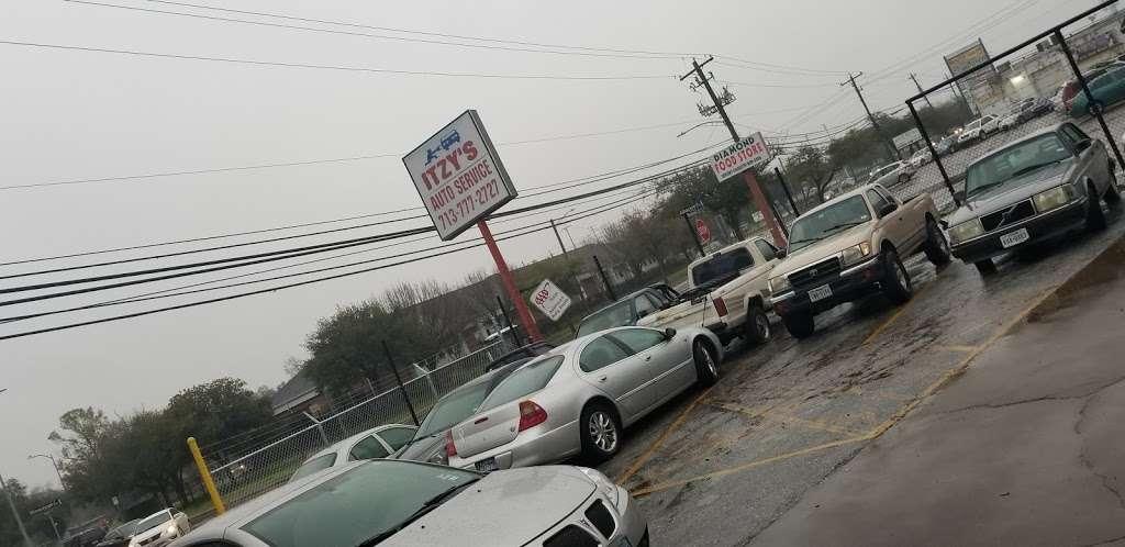 Itzys Auto Repair Services - car repair    Photo 2 of 5   Address: 6703 Bissonnet St, Houston, TX 77074, USA   Phone: (713) 777-2727