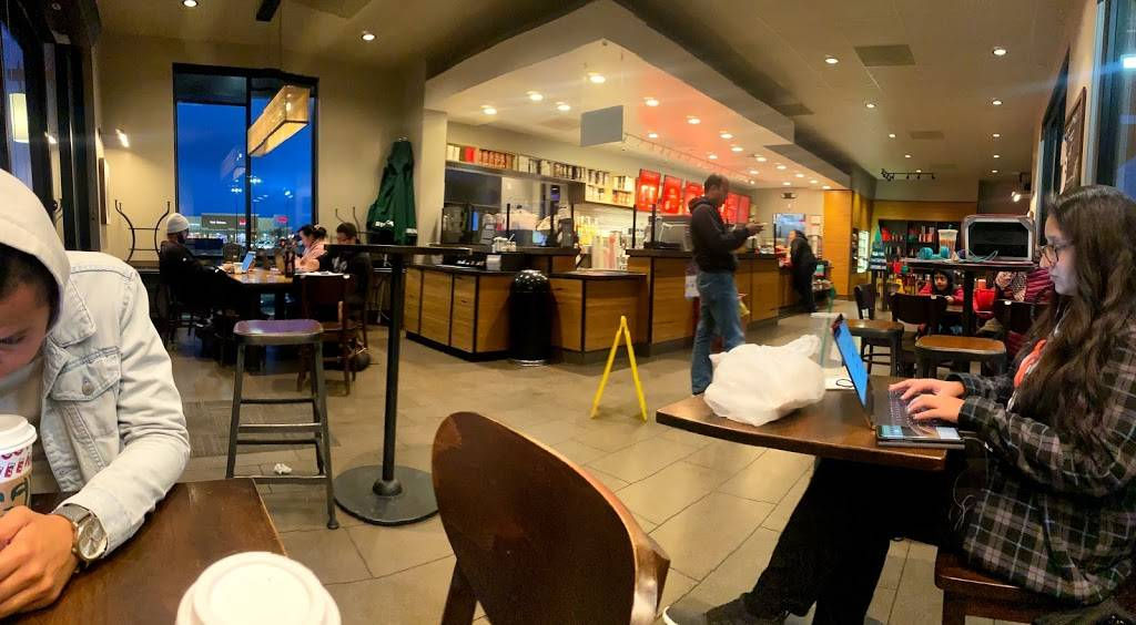 Starbucks - cafe  | Photo 4 of 9 | Address: 14025 West Whitesbridge Road, Kerman, CA 93630, USA | Phone: (559) 417-9065