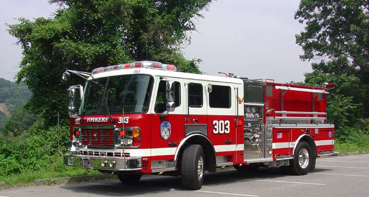 Yonkers FD Engine 303/Battalion 1 - fire station  | Photo 2 of 3 | Address: 96 Vark St, Yonkers, NY 10701, USA