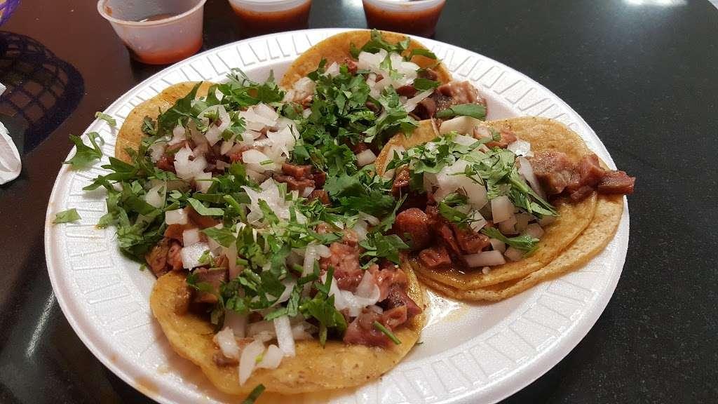 Whipple Taqueria Mexican Restaurant - restaurant  | Photo 2 of 10 | Address: 1790 Whipple Rd, Union City, CA 94587, USA | Phone: (510) 489-1224