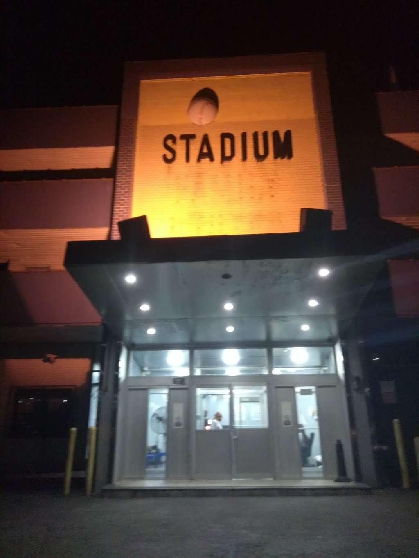 Stadium Hotel - lodging  | Photo 3 of 3 | Address: 1260 Sedgwick Ave, Bronx, NY 10452, USA | Phone: (347) 590-8227