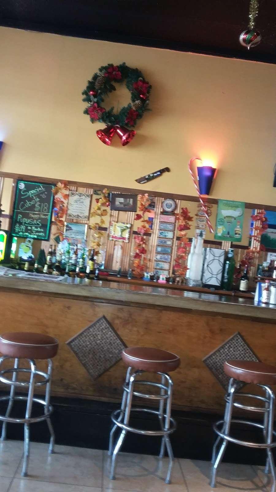 Little San Salvador Restaurant - restaurant  | Photo 8 of 10 | Address: 901 N Western Ave Suite #3, Los Angeles, CA 90029, USA | Phone: (323) 466-0565