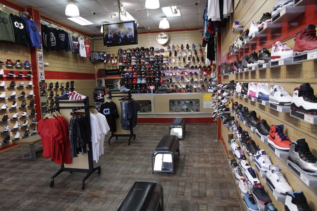 FCS SNEAKERS - clothing store  | Photo 1 of 10 | Address: 252-18 Rockaway Blvd, Rosedale, NY 11422, USA | Phone: (718) 470-2055