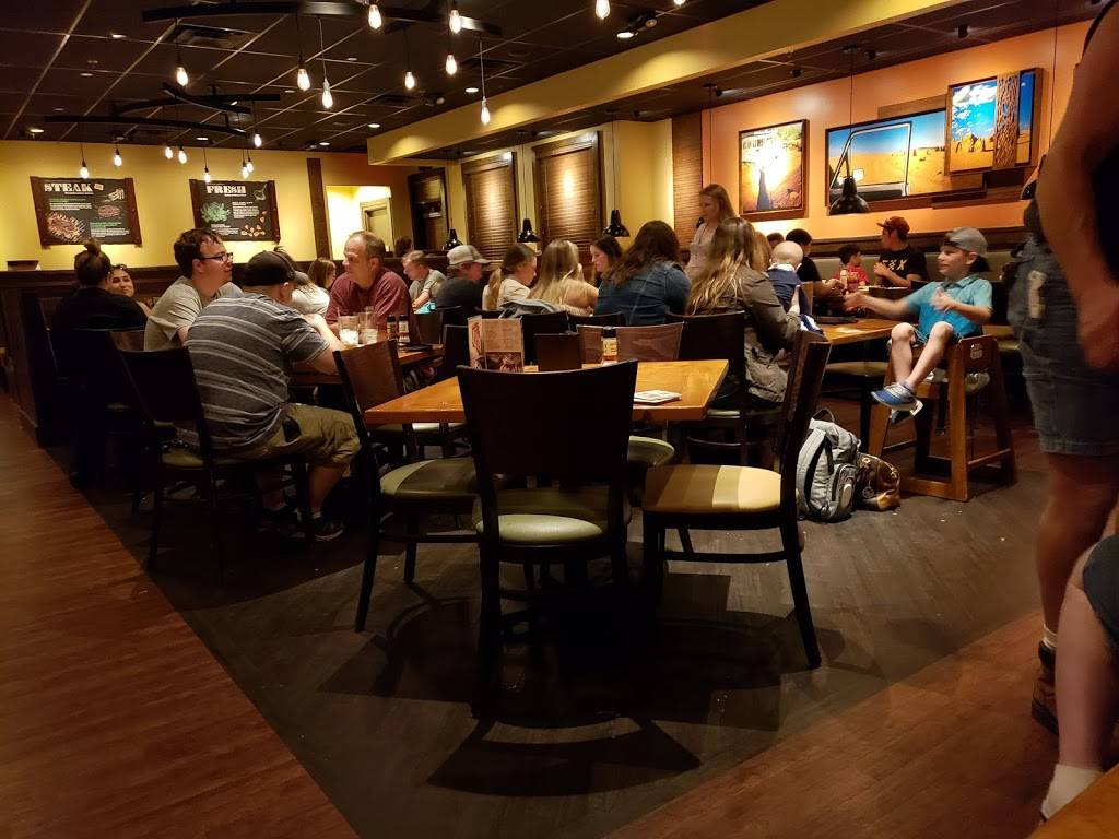 Outback Steakhouse - meal takeaway  | Photo 3 of 9 | Address: 813 Airport Fwy, Hurst, TX 76053, USA | Phone: (817) 285-0004