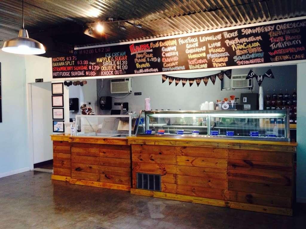 Neveria Y Fruteria La Regia - cafe  | Photo 6 of 10 | Address: 904 E Davis St, Mesquite, TX 75149, USA | Phone: (972) 329-1219