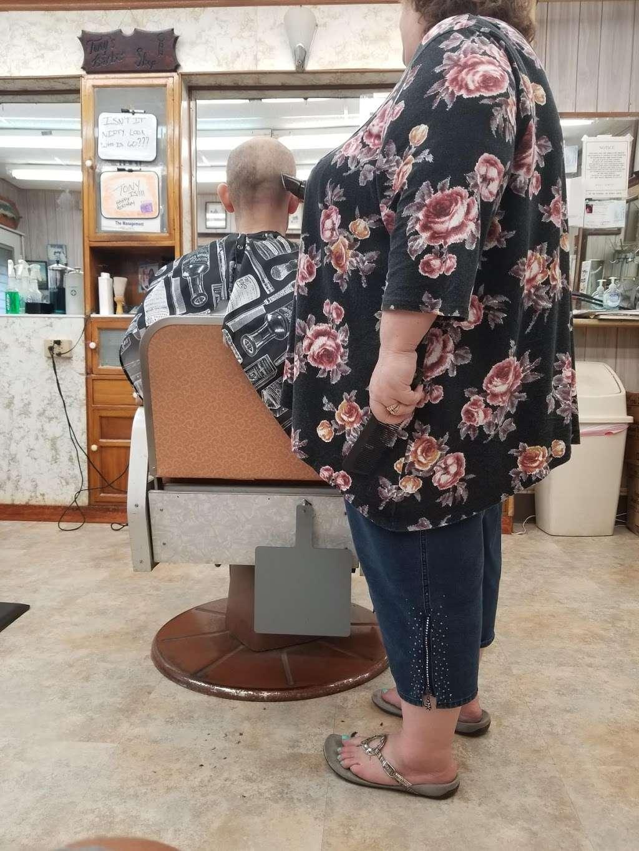 Tonys Barber Shop - hair care  | Photo 1 of 2 | Address: 321 Union Ave, Stratford, NJ 08084, USA | Phone: (856) 783-6750