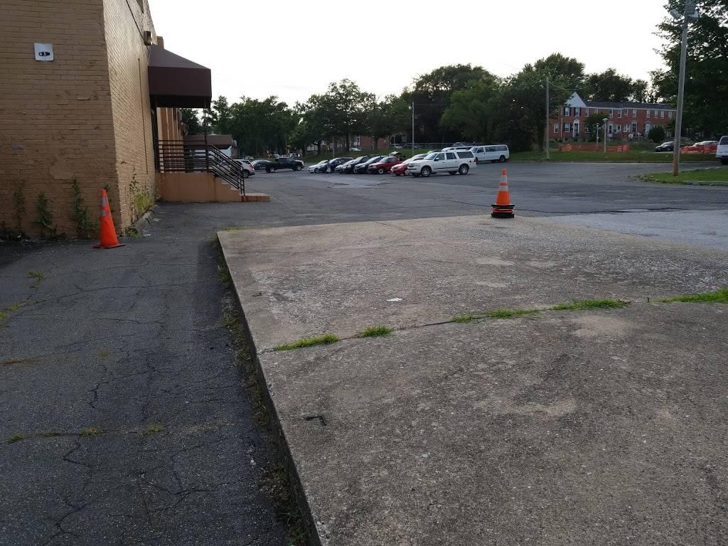 The Shiloh Christian Community Church - church  | Photo 5 of 8 | Address: 825 Yale Ave, Baltimore, MD 21229, USA | Phone: (410) 368-6002