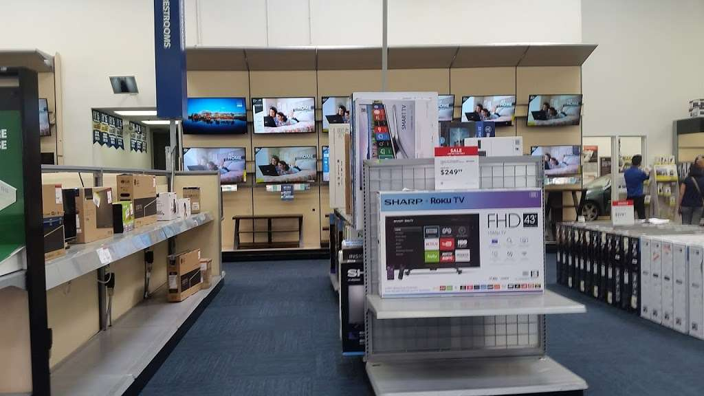 Best Buy - electronics store  | Photo 6 of 10 | Address: 123 E Orangefair Mall, Fullerton, CA 92832, USA | Phone: (714) 447-7939