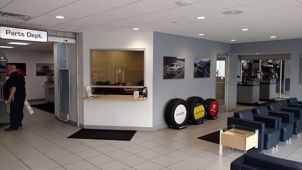 Paramus Chevrolet - car repair  | Photo 7 of 10 | Address: 194 NJ-17, Paramus, NJ 07652, USA | Phone: (844) 678-4815
