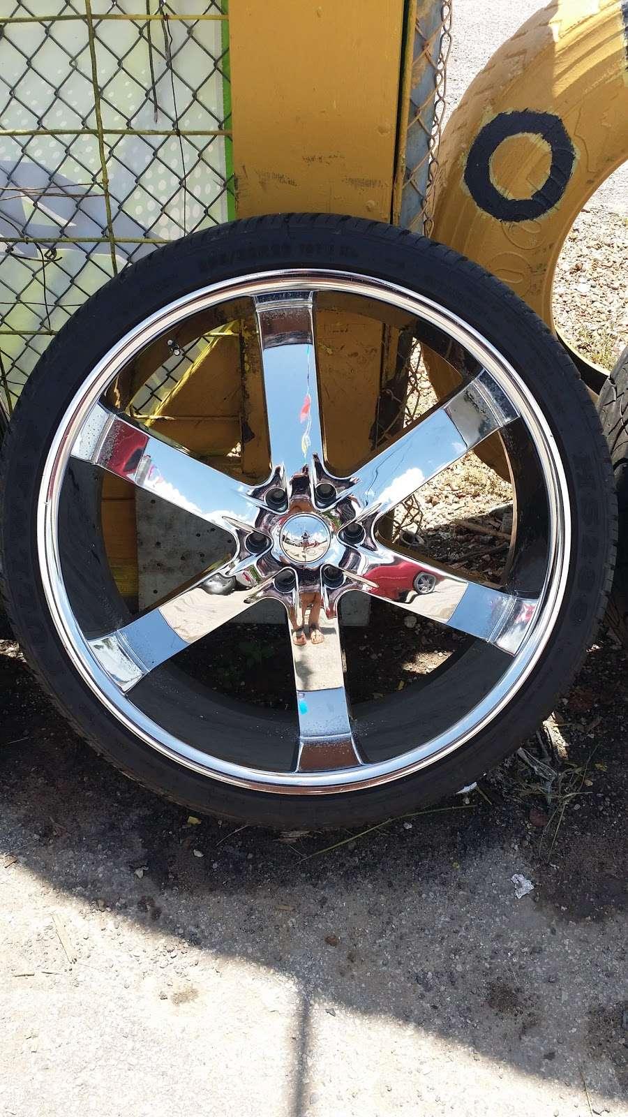 Rodriguez Tire shop - car repair  | Photo 2 of 8 | Address: 16431 FM 521 Rd, Rosharon, TX 77583, USA | Phone: (832) 894-2732