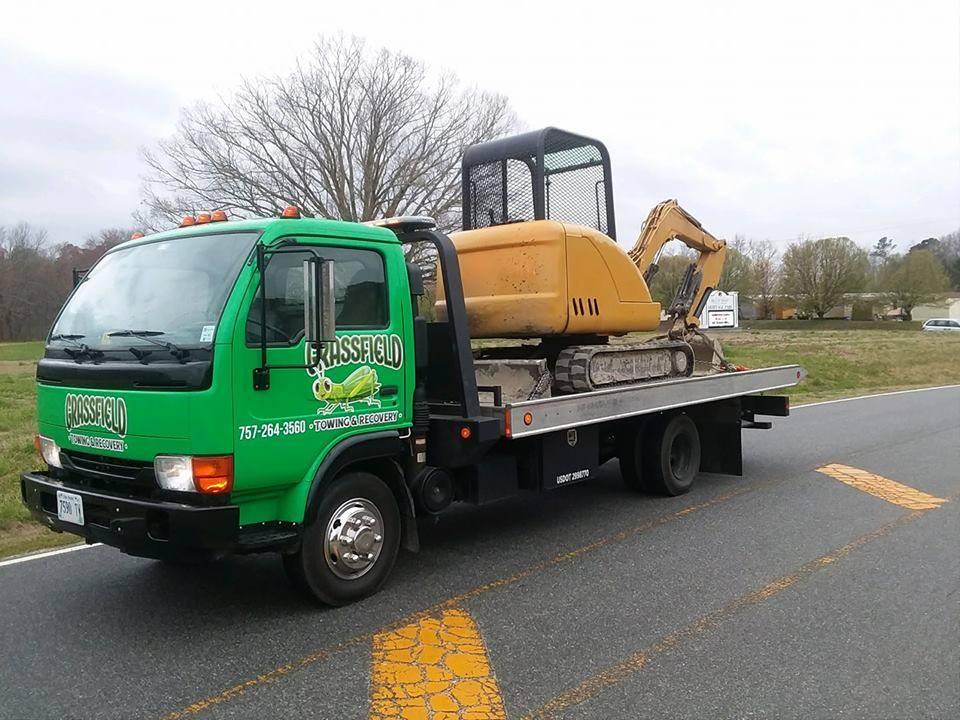 Grassfield Towing & Recovery - car repair  | Photo 5 of 10 | Address: 122 Sampson Creek Rd, Chesapeake, VA 23322, USA | Phone: (757) 264-3560