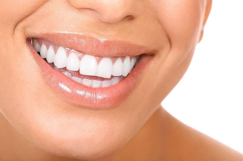 Paramount Dental Care - dentist  | Photo 2 of 10 | Address: 38 Meadowlands Pkwy #200, Secaucus, NJ 07094, USA | Phone: (201) 864-4700