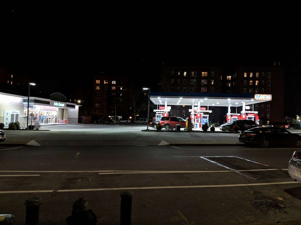 Mobil - gas station  | Photo 7 of 9 | Address: 3132 Fort Hamilton Pkwy, Brooklyn, NY 11218, USA | Phone: (718) 436-2846