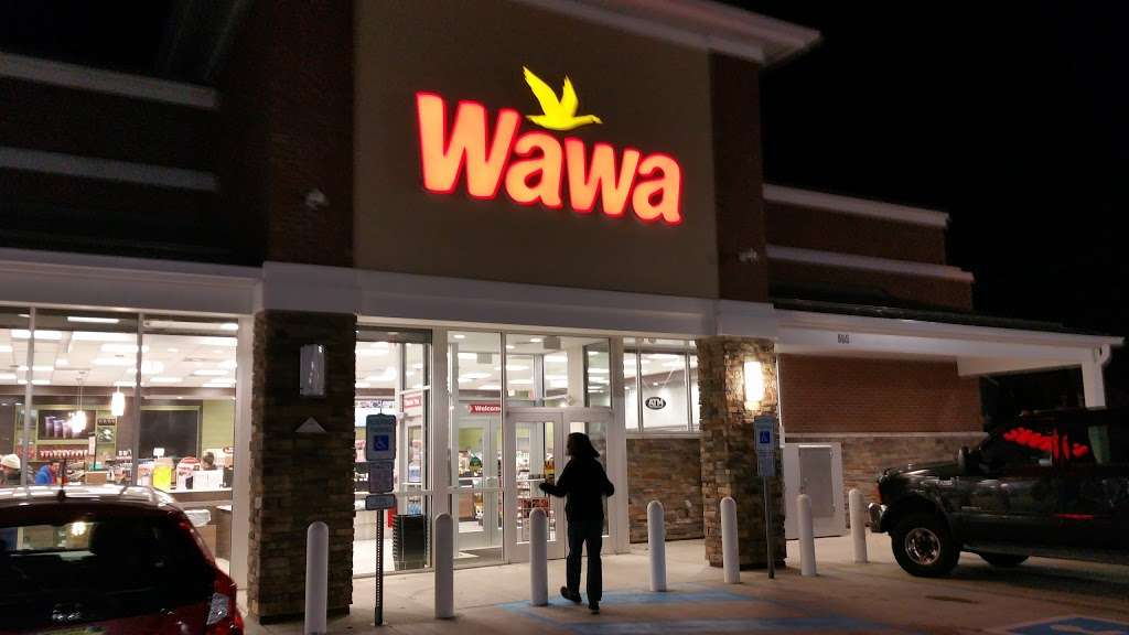 Wawa - convenience store  | Photo 8 of 10 | Address: 505 S River St, Hackensack, NJ 07601, USA | Phone: (201) 488-1214