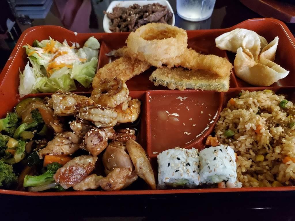 Sunnys Sushi - restaurant    Photo 3 of 10   Address: 910 E Redd Rd, El Paso, TX 79912, USA   Phone: (915) 842-9508