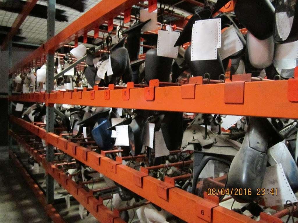 S&R Auto and Truck Salvage - car repair  | Photo 3 of 10 | Address: 1420 W Craighead Rd, Charlotte, NC 28206, USA | Phone: (704) 597-1085