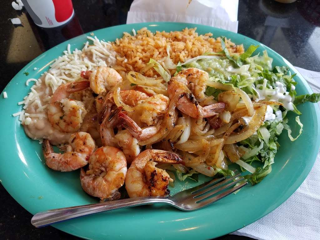 Tres Potrillos Taqueria - restaurant    Photo 8 of 10   Address: 670 N Fair Oaks Ave, Sunnyvale, CA 94085, USA   Phone: (408) 735-8657
