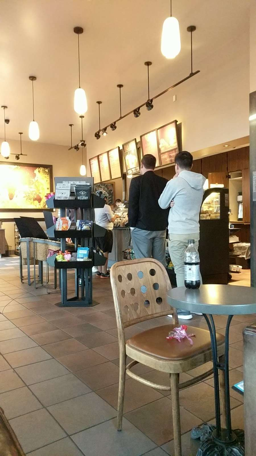 Starbucks - cafe  | Photo 4 of 10 | Address: 1336 Peninsula Blvd, Hewlett, NY 11557, USA | Phone: (516) 295-3330