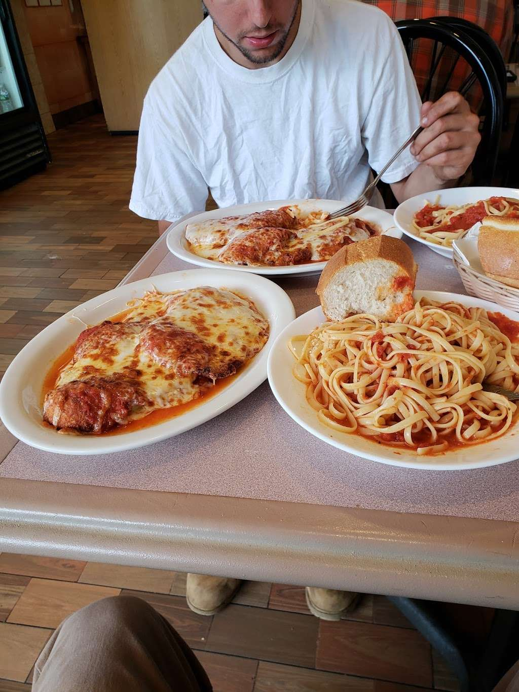 Uncle Franks Pizza - meal delivery  | Photo 7 of 10 | Address: 140 Veterans Plaza, Dumont, NJ 07628, USA | Phone: (201) 385-2854
