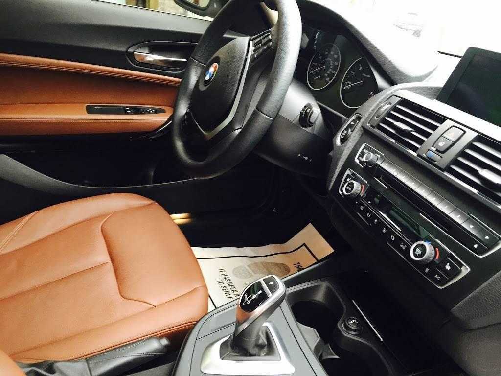 Victoria Motors - car dealer  | Photo 3 of 4 | Address: 3642 Beach Blvd, Jacksonville, FL 32207, USA | Phone: (904) 302-5004