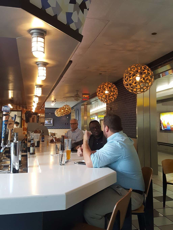 Sorrentine - restaurant  | Photo 5 of 7 | Address: LaGuardia Airport (LGA), Terminal B, East Elmhurst, NY 11371, USA | Phone: (646) 389-5394