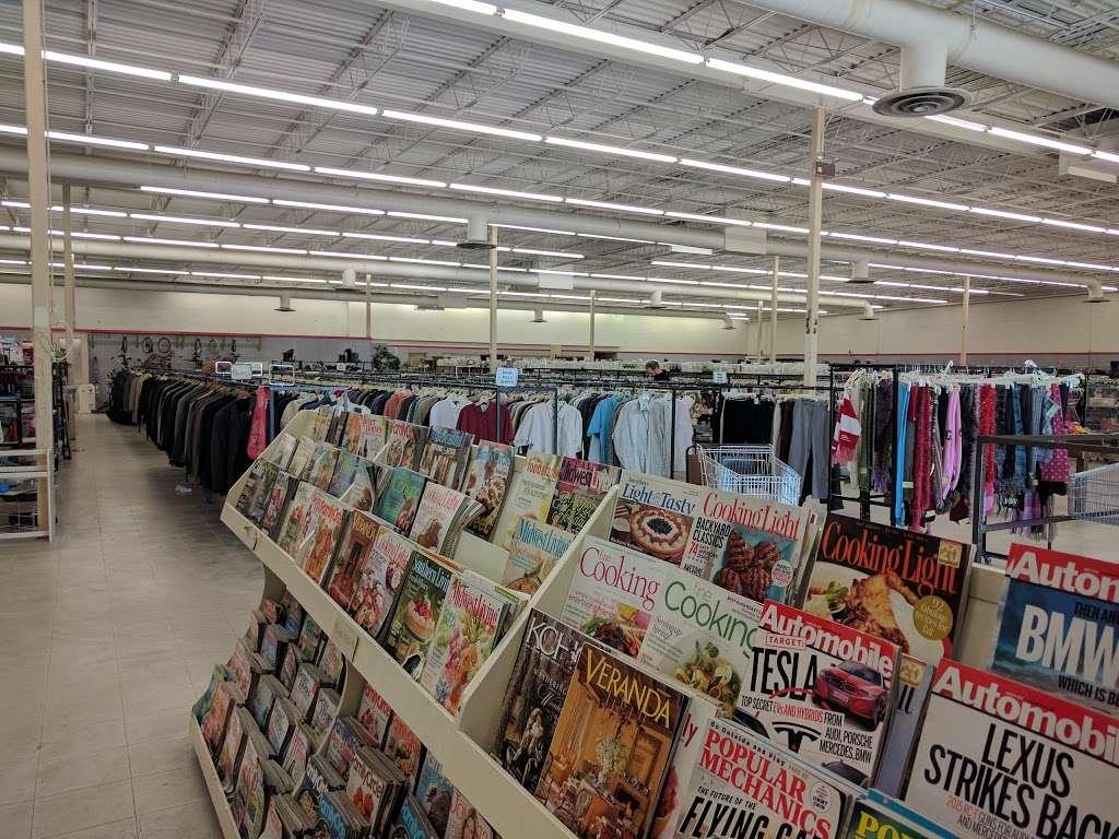 Family Thrift Store - store  | Photo 1 of 4 | Address: 9527 Blue Ridge Blvd, Kansas City, MO 64134, USA | Phone: (816) 763-6688