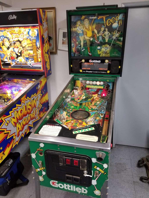 Magic City - store  | Photo 2 of 10 | Address: 15528 Illinois Ave, Paramount, CA 90723, USA