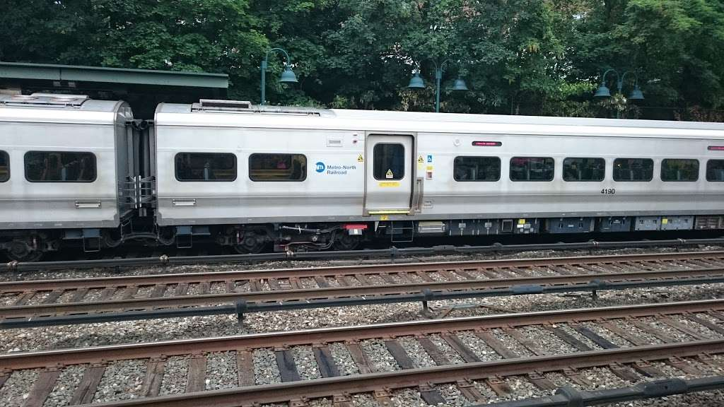 Ludlow - train station    Photo 3 of 10   Address: Yonkers, NY 10705, USA