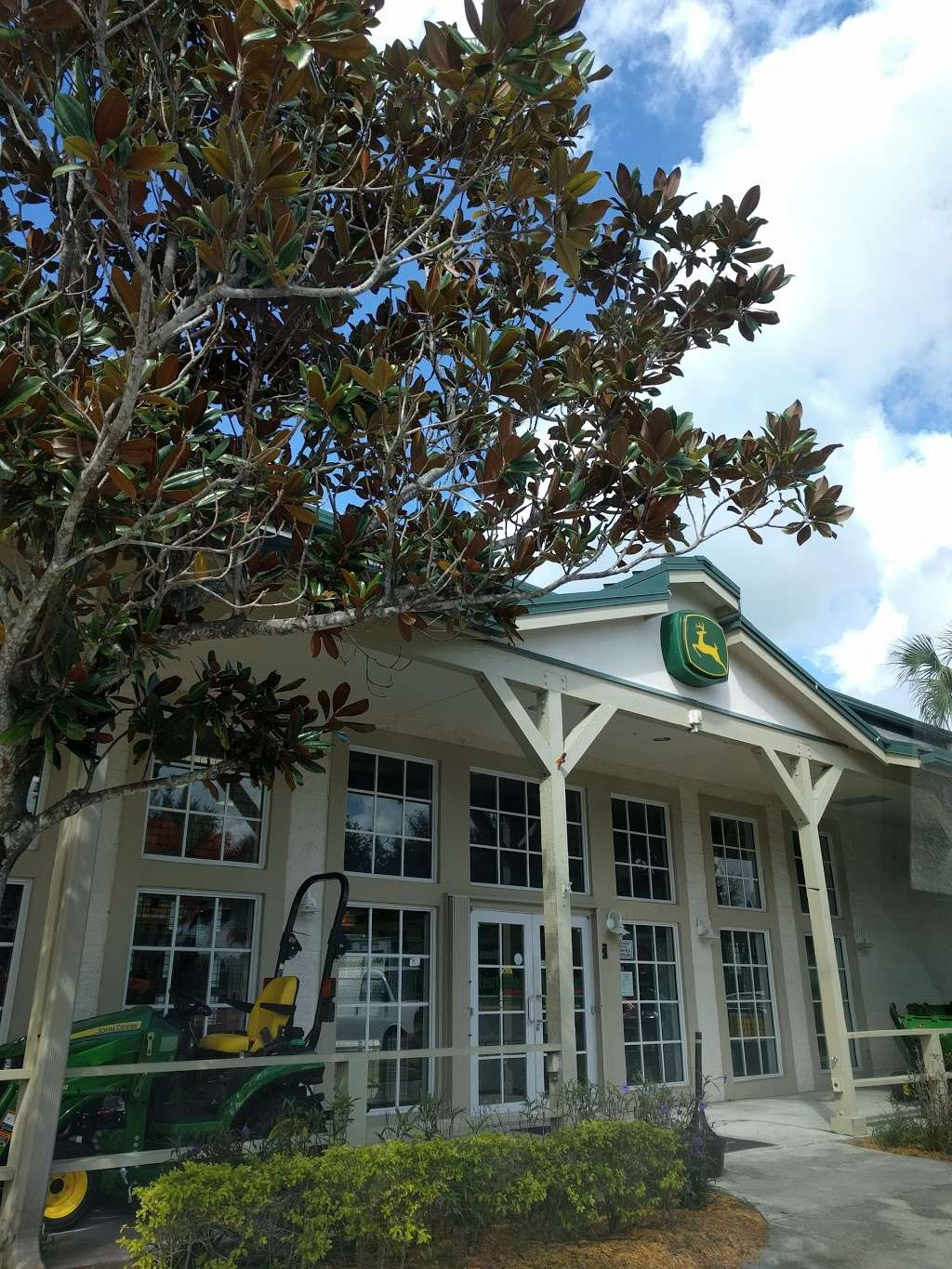 Everglades Equipment Group - store  | Photo 6 of 10 | Address: 13295 Southern Blvd, Loxahatchee, FL 33470, USA | Phone: (561) 784-4000
