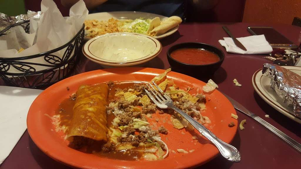 Casa Grande Mexican Grill & Bar - restaurant    Photo 2 of 10   Address: 6732 Amy Way Dr, Gas City, IN 46933, USA   Phone: (765) 998-1888