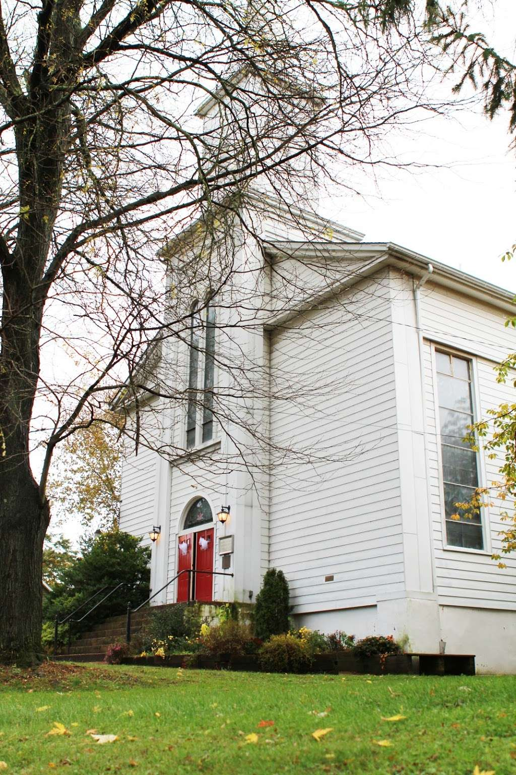 First Presbyterian Church of Bloomsbury, N.J. - church  | Photo 1 of 7 | Address: 66 Church St, Bloomsbury, NJ 08804, USA | Phone: (908) 479-4700