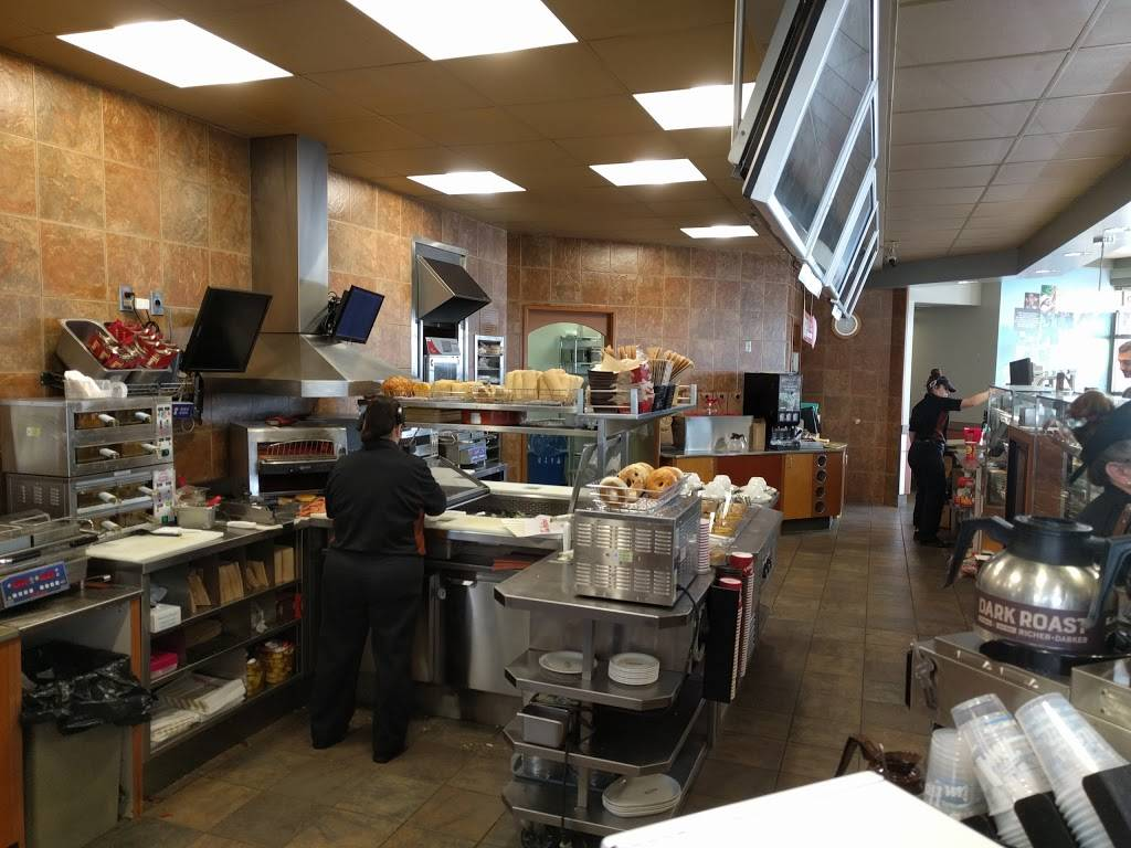Tim Hortons - restaurant  | Photo 4 of 10 | Address: 5495 Ojibway Pkwy, Windsor, ON N9C 3Y4, Canada | Phone: (519) 972-1867