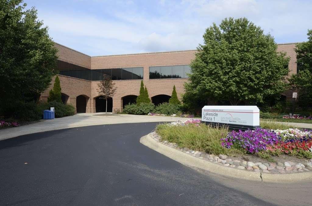 BREIS Barrington RE Investment Services LLC - real estate agency    Photo 3 of 9   Address: 3890 Salem Lake Dr, Long Grove, IL 60047, USA   Phone: (847) 847-7202