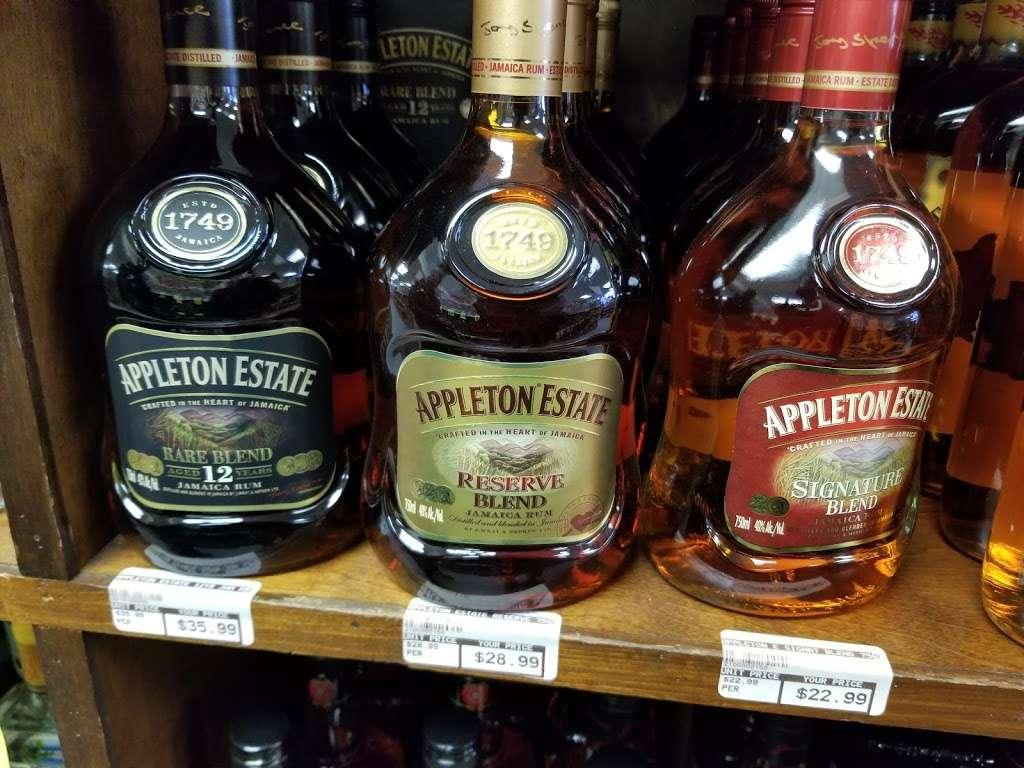 Swedesboro Liquors - store  | Photo 2 of 3 | Address: 1232 Kings Hwy, Swedesboro, NJ 08085, USA | Phone: (856) 537-5434