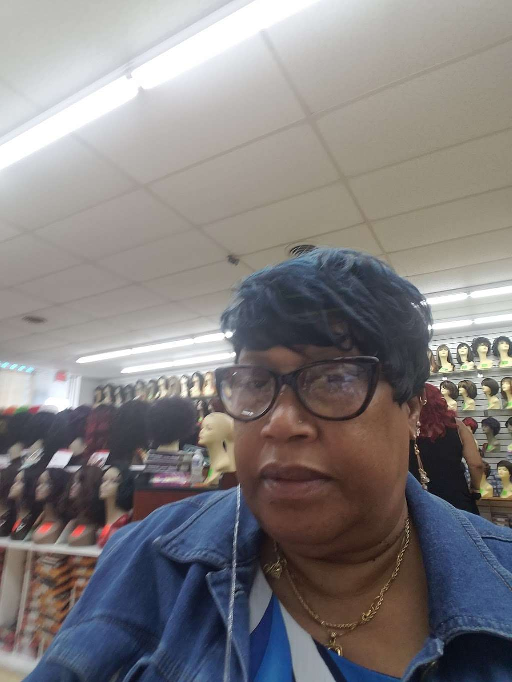 Wig Outlet - hair care  | Photo 3 of 4 | Address: 6001 Marlboro Pike, District Heights, MD 20747, USA | Phone: (301) 735-1090