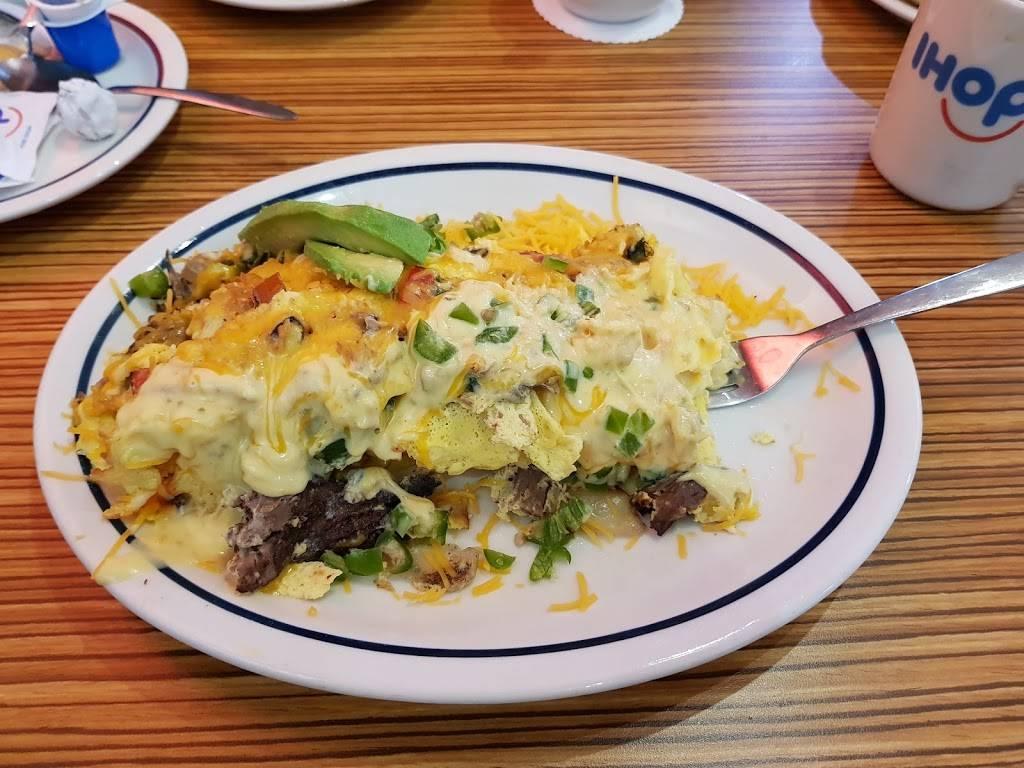 IHOP - restaurant  | Photo 6 of 9 | Address: 5851 University Ave, San Diego, CA 92115, USA | Phone: (619) 265-8602